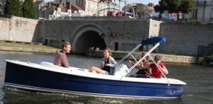 rallye en bateaux électriques sur l'Erdre